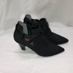 Black Donald J Pliner Pointed Toe Ankle Booties